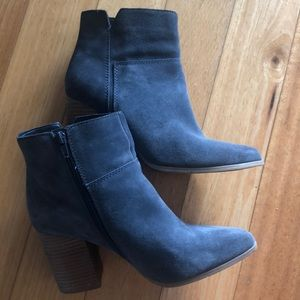 Nine West Suede Booties only worn a few times